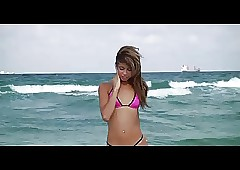 free bikini teens movies